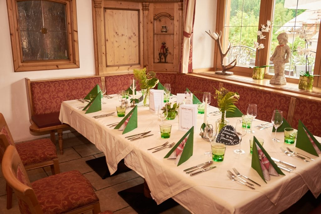 landgasthof, lammerklause, gedeckter tisch, feierlichkeiten, scheffau am tennengebirge, golling